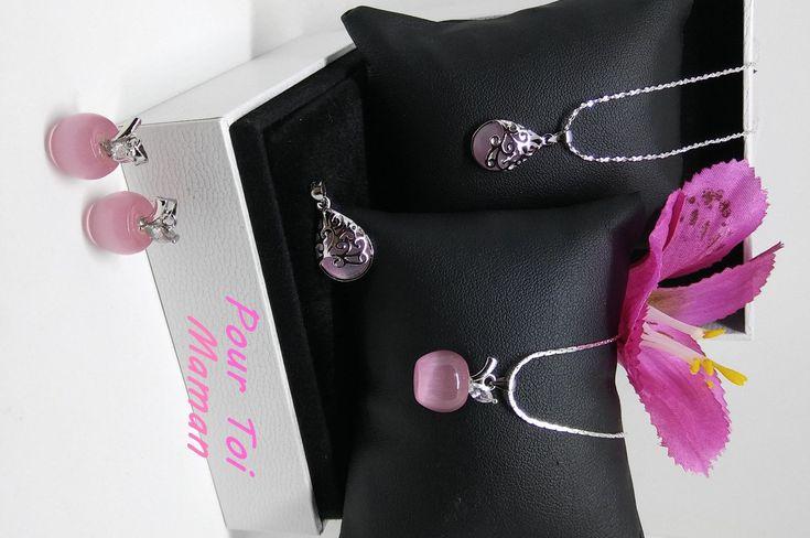 cadeau fêtes des mères,pendentif pomme rose ou dentelle d argent en argent pur 925,chaîne argent pur.et pierre de lune
