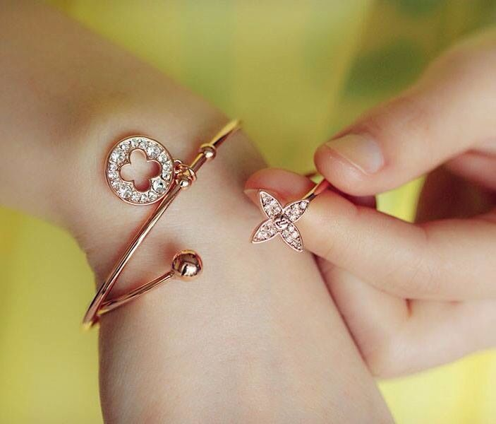48 best hand accessories images on Pinterest | Beautiful hands ...