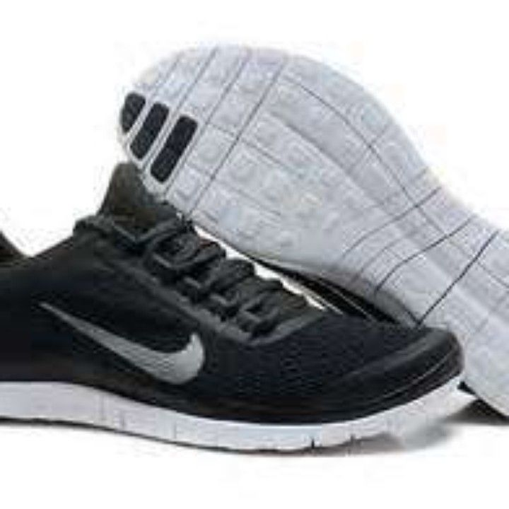 Men's Nike Free Run 3.0 V5 Running Shoes..Black from Big Country for $119.99 on Square Market