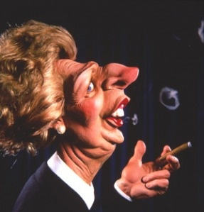Margaret Thatcher - Spitting Image | < 264° https://de.pinterest.com/samove38/%D0%BA%D0%B0%D1%80%D0%B8%D0%BA%D0%B0%D1%82%D1%83%D1%80%D0%B0/