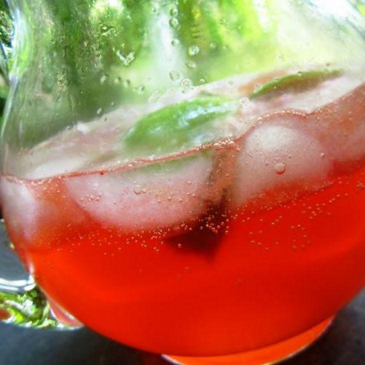 Sonic Cherry Limeade En dos minutos podrás preparar esta veraniego cocktail no alcohólico con Santal Cereza 1/4 taza de jugo Santal Cereza 12 oz Sprite 3 limones cortados Mezclar todos los ingredientes en un vaso con hielo, remover y a refrescarse!