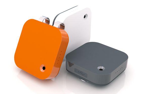 Memoto - clip camera, takes 5mp pic every 30 seconds