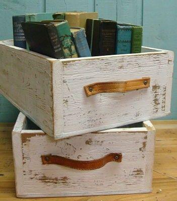 Idea original de almacenar tus libros en viejos cajones