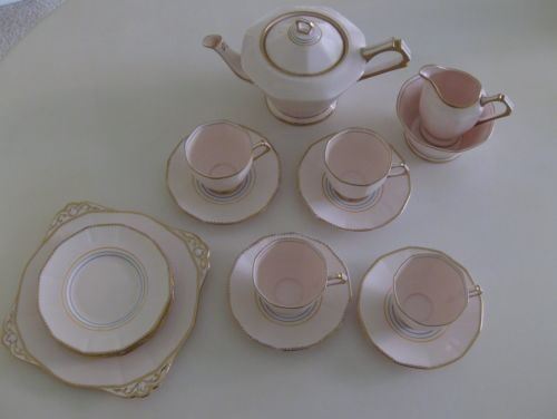 Tea-Set-Plant-Tuscan-Art-Deco