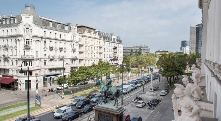Best Western Hotel Pension Arenberg - Wien Zentrum Vienna The Hotel Pension Arenberg is situated on the Ringstraße boulevard in the centre of Vienna, within a 5-minute walk of the Schwedenplatz and Stubentor Underground Stations. Free in-room WiFi is available.