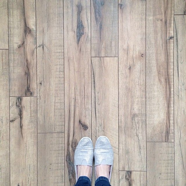swift lock laminate flooring in hand-scraped hickory