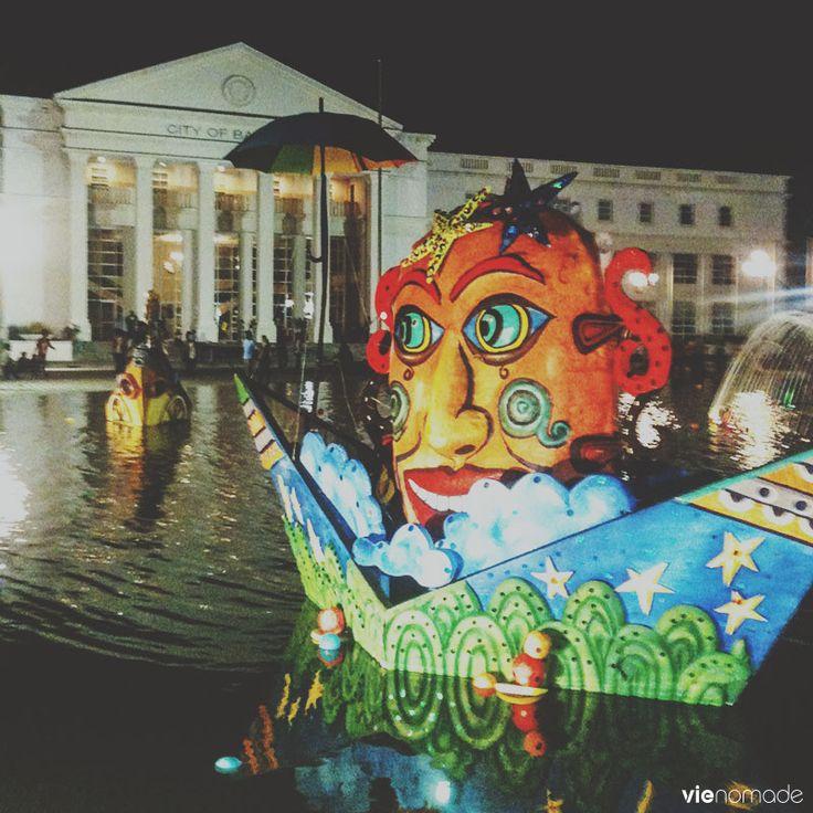 MassKara festival à Bacolod, la Maison Blanche décorée, Philippines