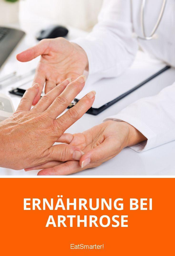 Arthrose hat sich zu einer der Volkskrankheiten Deutschlands entwickelt. Der Verschleiß der Gelenke schmerzt oft in Händen, Hüfte und Knien. Eine gesunde Ernährung bei Arthrose in Kombination mit einem Gewichtsverlust und regelmäßiger Bewegung kann helfen, die Schmerzen zu lindern und Medikamente einzusparen.
