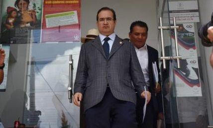 Arremete Javier Duarte contra Reforma en Twitter