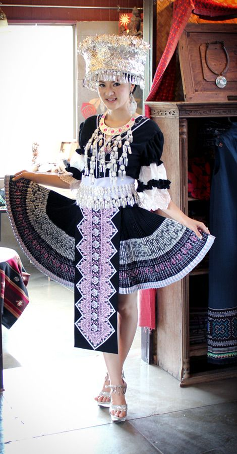 nalisfashion.com Hmong Clothing Black Outfit 6 - $189