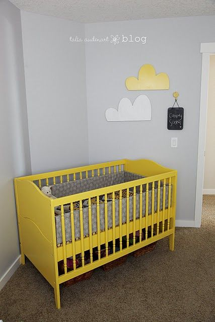 i'm thinkin the crib is going to be yellow for sure.