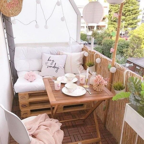 You can find various varieties of home furnishings on the market on the market nowadays, and these household furniture items. Small Balcony Furniture, Small Balcony Decor, Outdoor Furniture Sets, Outdoor Decor, Balcony Decoration, Diy Furniture, Popsicle Stick Crafts House, Craft Stick Crafts, Home Crafts