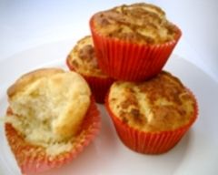 Invisible apple muffins