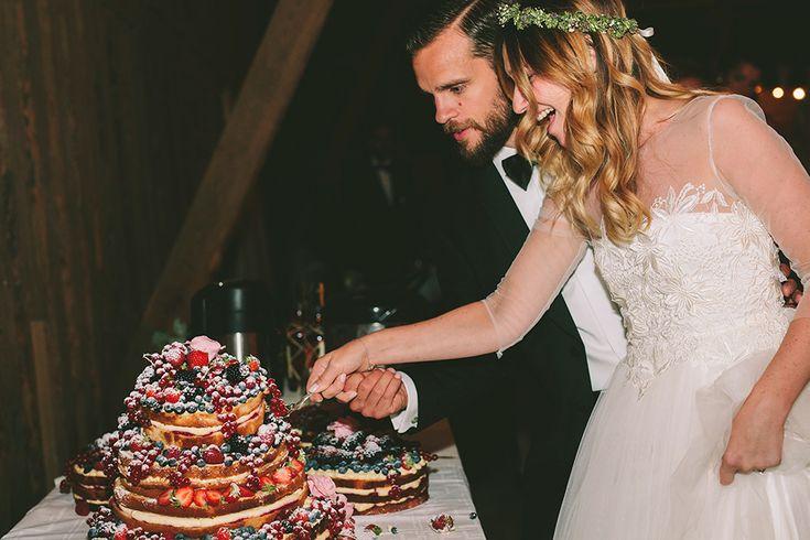Bohemiskt och romantiskt bröllop på Sofiero Gård i Helsingborg. Bröllopstårta  Bröllopsfotograf Beatrice Bolmgren