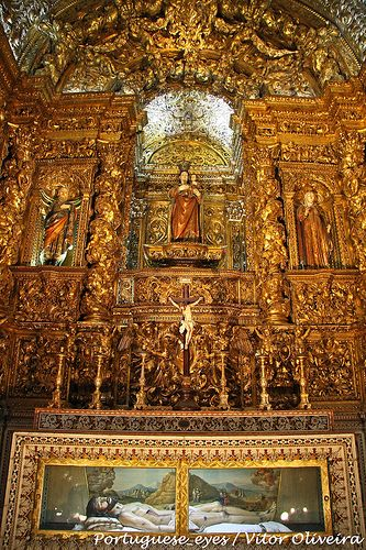 The rich altar of the church São Roque - Lisboa - Portugal
