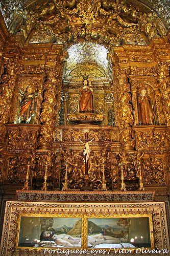 The rich altar of the church São Roque - Lisboa - Portugal