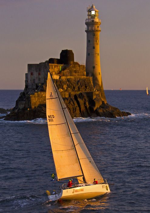 unattributed lighthouseFastnet Lighthouses, Racing Rocks Lighthouses, Lights House, Sailboats And Lighthouses, Backgrounds Beautiful, Fastnet Rocks, Lighthouses West Coast, Light Houses, Sailing Boats