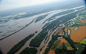 Flooding of the Mississippi between Louisiana, Missouri and Pike, Illinois (June 2008