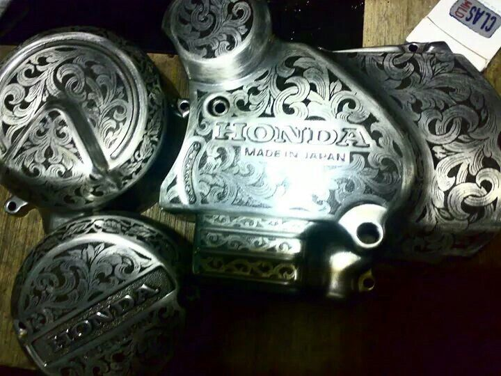 Engrave engine honda