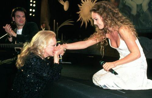 Jeanne Moreau et Vanessa Paradis au Festival de Cannes en mai 1995