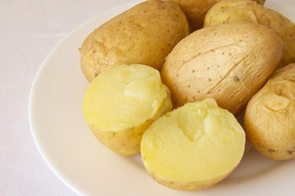 Patatas cocidas https://mycook.es/receta/patatas-cocidas