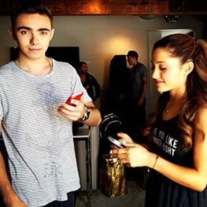 Ariana Grande & Nathan Sykes Confirm They're an Item on Twitter