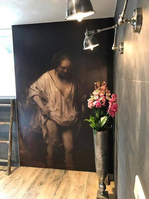 Posterbehang Rembrant als waar kunstwerk op jouw eigen muur... ca € 40.- pm2 meer inforamtie & inspiratie: http://schoonewoonwensen.nl/merken/voca-zevenbergen-breda-etten-leur/