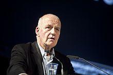 """#Götz_Werner – Wikipedia  """"Götz Wolfgang Werner (* 5. Februar 1944 in Heidelberg) ist Gründer und Aufsichtsratsmitglied des Unternehmens #dm_drogerie_markt, dessen Geschäftsführer er 35 Jahre lang war."""""""