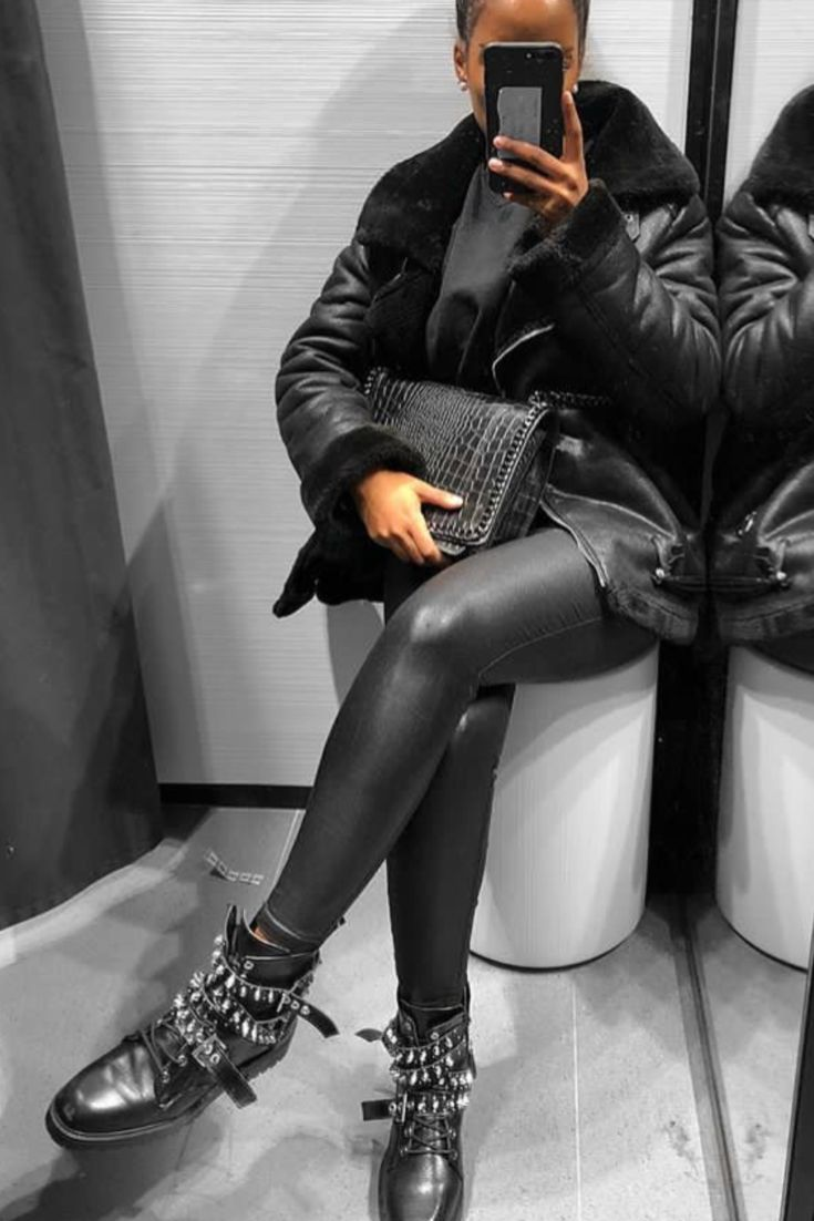 Fall / Winter fashion all in black with leatherette leggings, Zara rock boots and a big leather and fur jacket