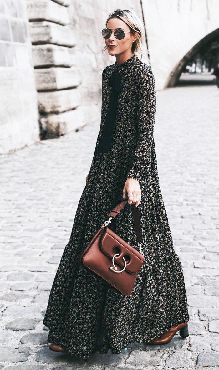 vestido largo abotonado hasta cuello con corbatin