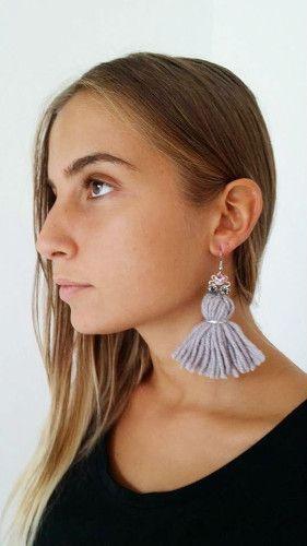 NANA MERINO Wool Earrings – Orecchini con nappa in 100% lana merinos con elementi swarovski