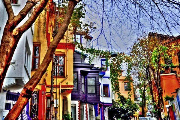 Kuzguncuk is a neighborhood in the Üsküdar district on the #Asian side of the #Bosphorus in #Istanbul, #Turkey