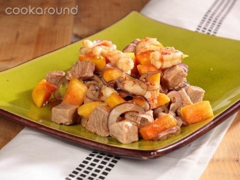 Insalata di papaya verde con maiale e gamberetti: Ricette Cambogia | Cookaround