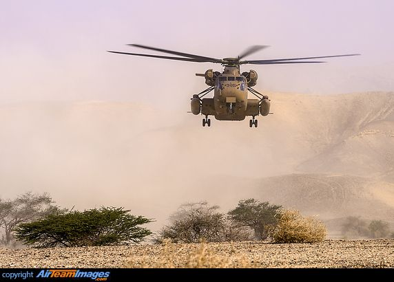 Sikorsky CH-53 Yasur 2025