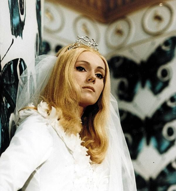 Šíleně smutná princezna - Helenka Vondráčková