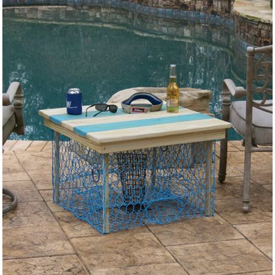 Crab Trap Table — Light Blue/Pickle White