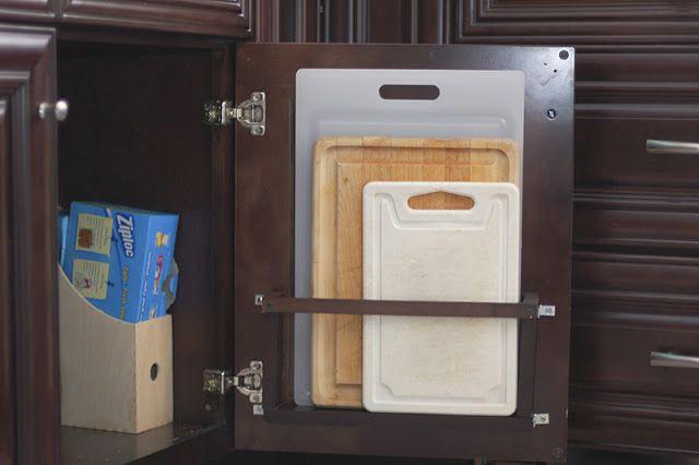 Kitchen Renovation: An Improvised Cutting Board Holder | TikkiDo.com