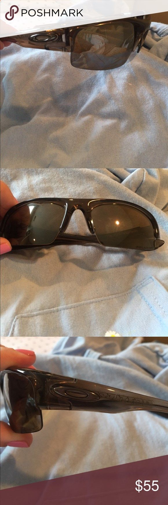 Mens Brown Oakley Sunglasses great condition, authentic. will come in a raybans case Oakley Accessories Sunglasses