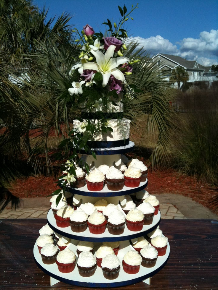 navy wedding cake with cupcakes 78 best images on cake army 17794