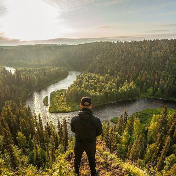 Featured artist @petekarttunen enjoying this wonderful view in Oulanka National Park in Kuusamo, Finland #gofinland - Gofinland.fi - @Gofinland_fi