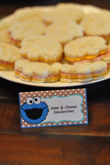 Sesame Street Party: James' Cookie Monster First Birthday Bash  http://mimisdollhouse.com/sesame-street-party-james/