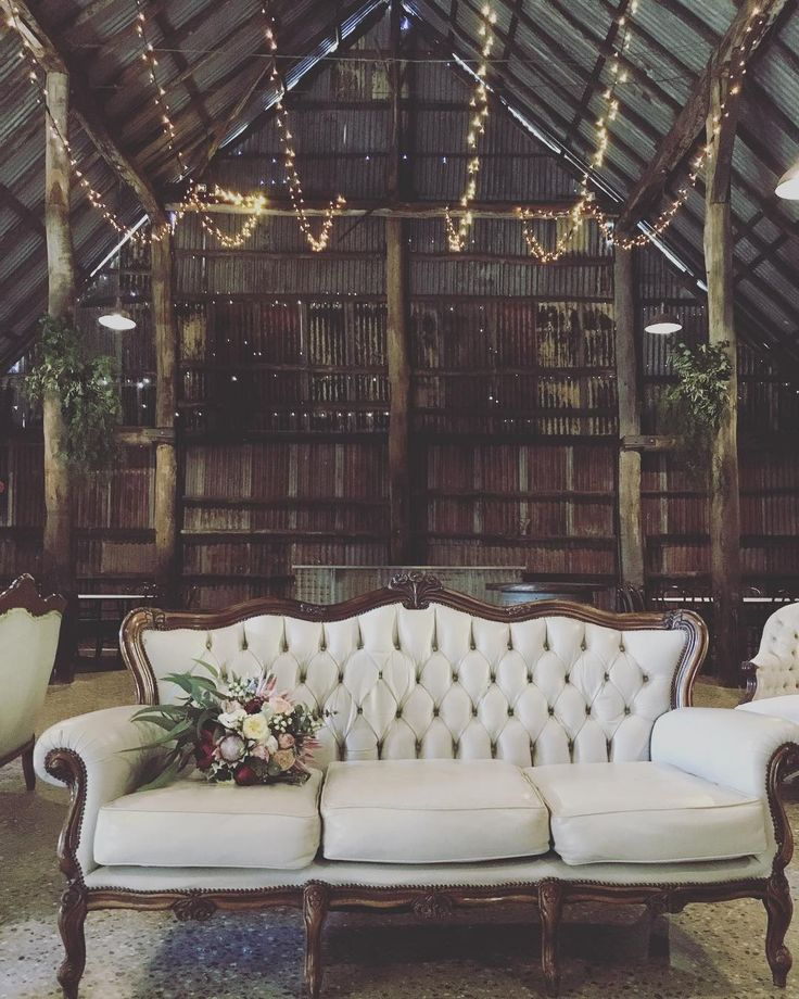 Sunday morning bump out in the gorgeous barn @brownbrothers Xanadu sofa @rutherglenflorist #gatherhire #brownbrotherswinery #historicbarn