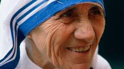 JORNAL O RESUMO - TÚNEL DO TEMPO DA NOTÍCIA: Nascia nesta data, em 1910, Madre Teresa de Calcut...