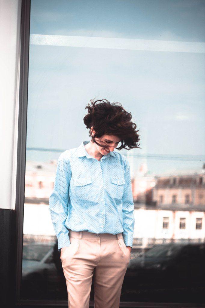 Рубашка #рубашканазаказ #polkadot #горошек #одежданазаказ #интернетмагазин #шоурум #шорты #шортыбежевые #шортыгородские #дресскод #рубшкаженская #офис #городскойстиль #офисныйстиль #shirt #citystyle #dresscode #officestyle #fashion #vogue #thesartor #tailor #soho #design #viavestis #onlinestore #showroom #workplace #cool #officedress