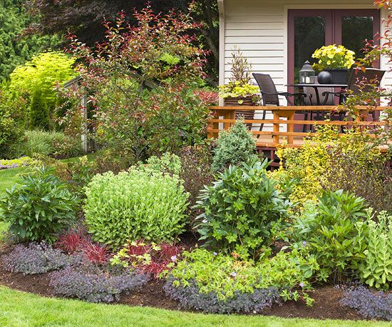 Landscaping Shrubs Around House : Private landscaping around deck ideas privacy