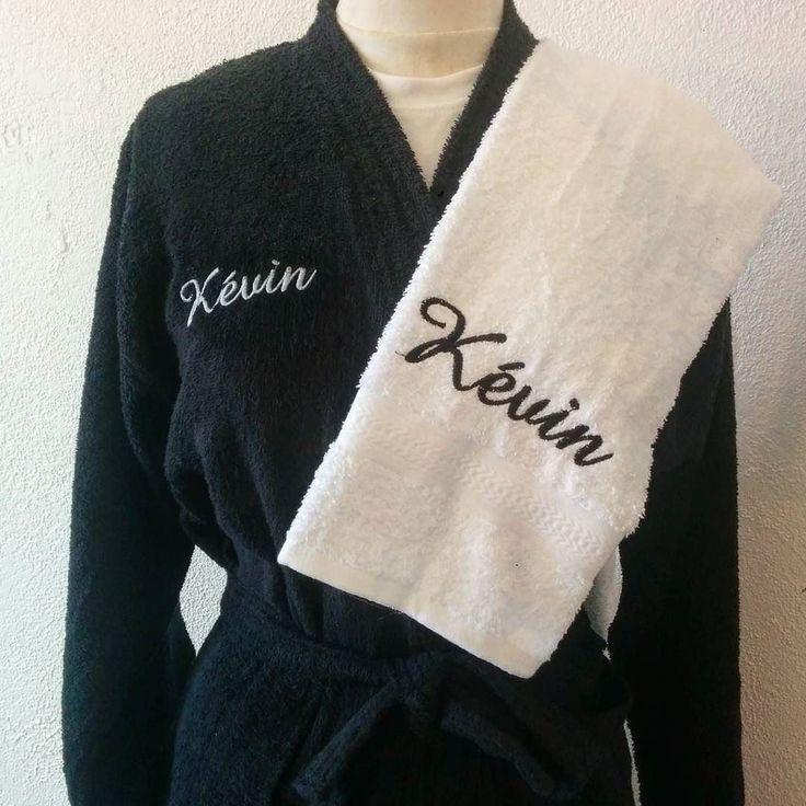Idées #cadeau pour : le peignoir #éponge brodé.  #noel #forhim # kdo #anniversaire #forchristmas #christmasshopping  #peignoir #sortiedebain #serviette #towel