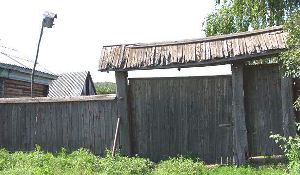 Картинки по запросу старые деревянные ворота