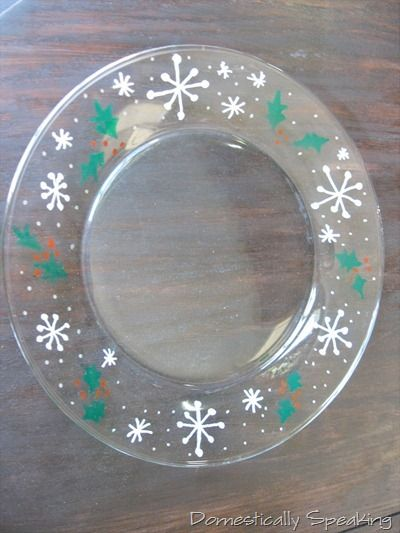 @Doris Fowler - instructions on painting a Christmas plate.  Lets do this at Christmas.  Glass plates are $1 from the dollar store.