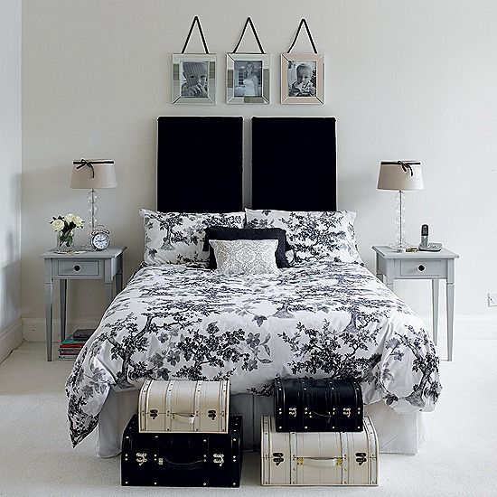 Here Is Chic Black And White Bedrooms Decor And Design Ideas Photo  Collections At Modern Bedroom Catalogue. More Picture Chic Black And White  Bedrooms ... Part 55