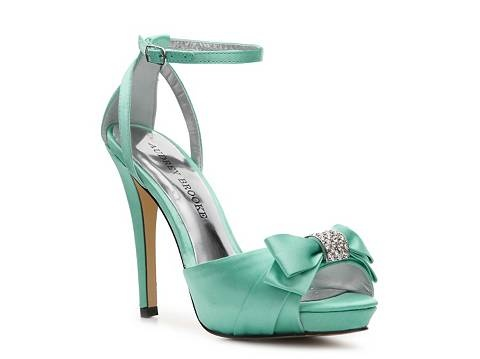 .I will say 'I do' in Tiffany blue: Style, Wedding Shoes, Tiffany Blue, Stacey Sandals, Woman Shoes, Blue Shoes, Platform Sandals, Brooks Stacey, Audrey Brooks
